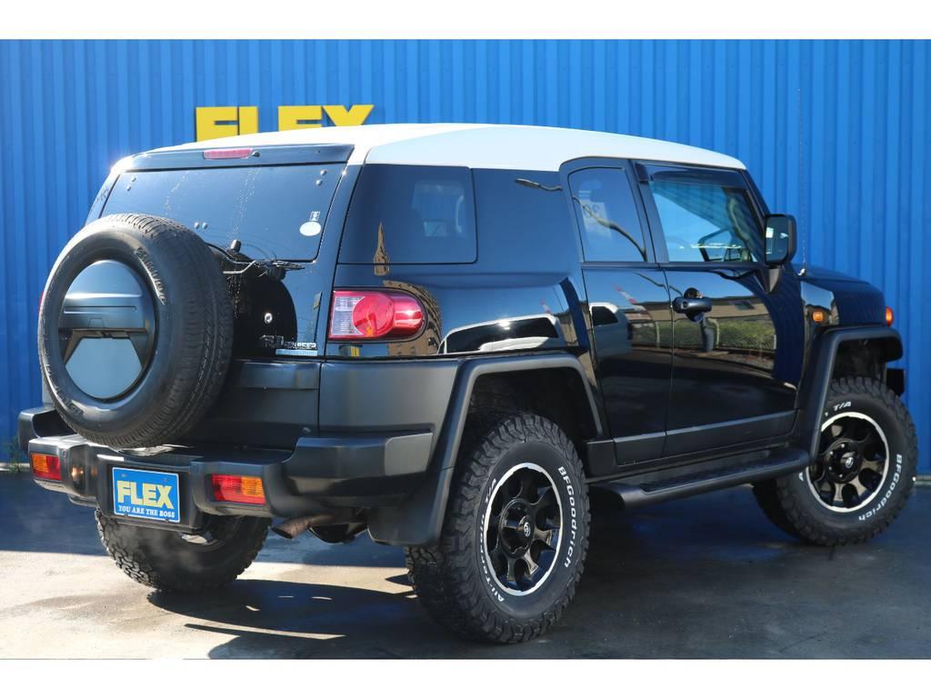 追加カスタムもお任せ下さい。 | トヨタ FJクルーザー 4.0 ブラックカラーパッケージ 4WD ワンオーナー 新品2インチリフトUP