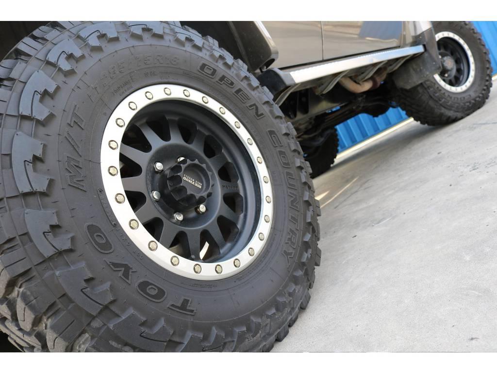 | トヨタ ランドクルーザープラド 3.0 SXワイド ディーゼルターボ 4WD 5速マニュアル 2インチリフトUP