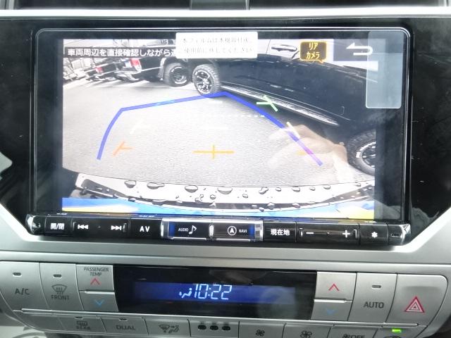 バックカメラも付いておりますので、車庫入れも楽々です! | トヨタ ランドクルーザープラド 2.7 TX 4WD 7人 新車未登録 2インチリフトUP