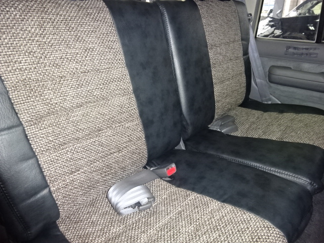 新品オリジナルシートカバー!! | トヨタ ランドクルーザープラド 3.0 EXワイド ディーゼルターボ 4WD 走行13万km  ベージュNEWペイント