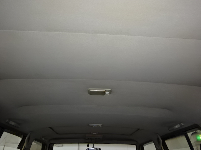 天張りも状態良く保ってありますので前オーナー様の大切に使って頂いていた事が想像つきます!! | トヨタ ランドクルーザープラド 3.0 EXワイド ディーゼルターボ 4WD 走行13万km  ベージュNEWペイント