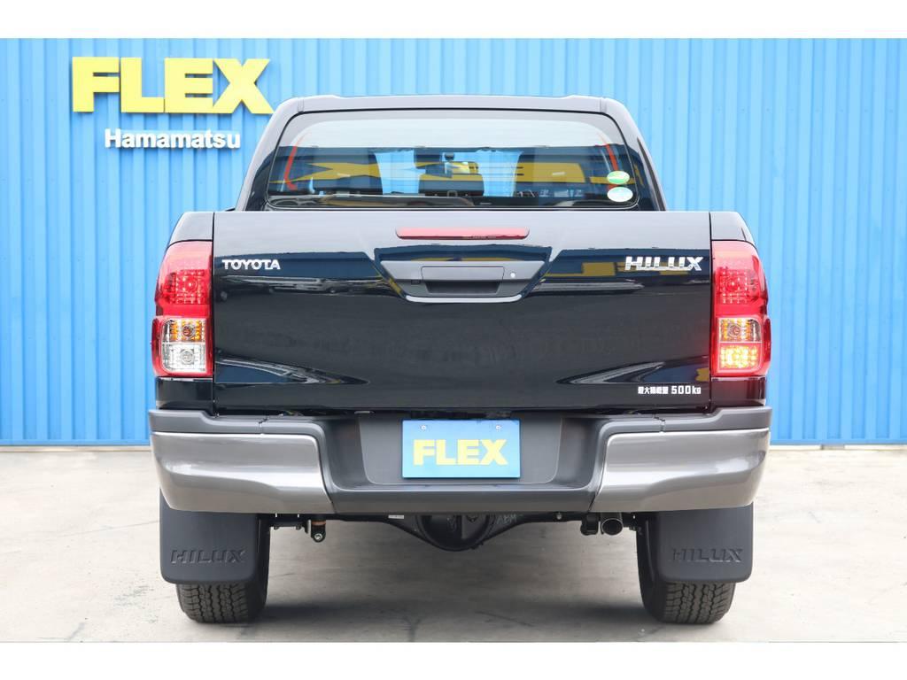 ベッドライナーやトノカバーの取り付けもお任せ下さい。 | トヨタ ハイラックス 2.4 Z ブラック ラリー エディション ディーゼルターボ 4WD 新車未登録 即納車可能