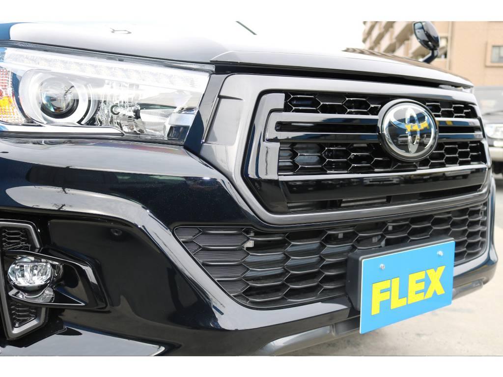 特別仕様でROCCOフェイスが標準装備です。 | トヨタ ハイラックス 2.4 Z ブラック ラリー エディション ディーゼルターボ 4WD 新車未登録 即納車可能