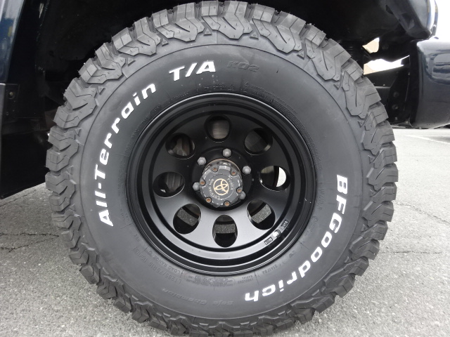 細かい所のお写真等々、何でもお気軽にお問い合わせ下さい!!ご連絡心よりお待ちしております!   トヨタ ランドクルーザープラド 3.0 SXワイド アクティブバケーションII ディーゼルターボ 4WD 新品2インチリフトUP