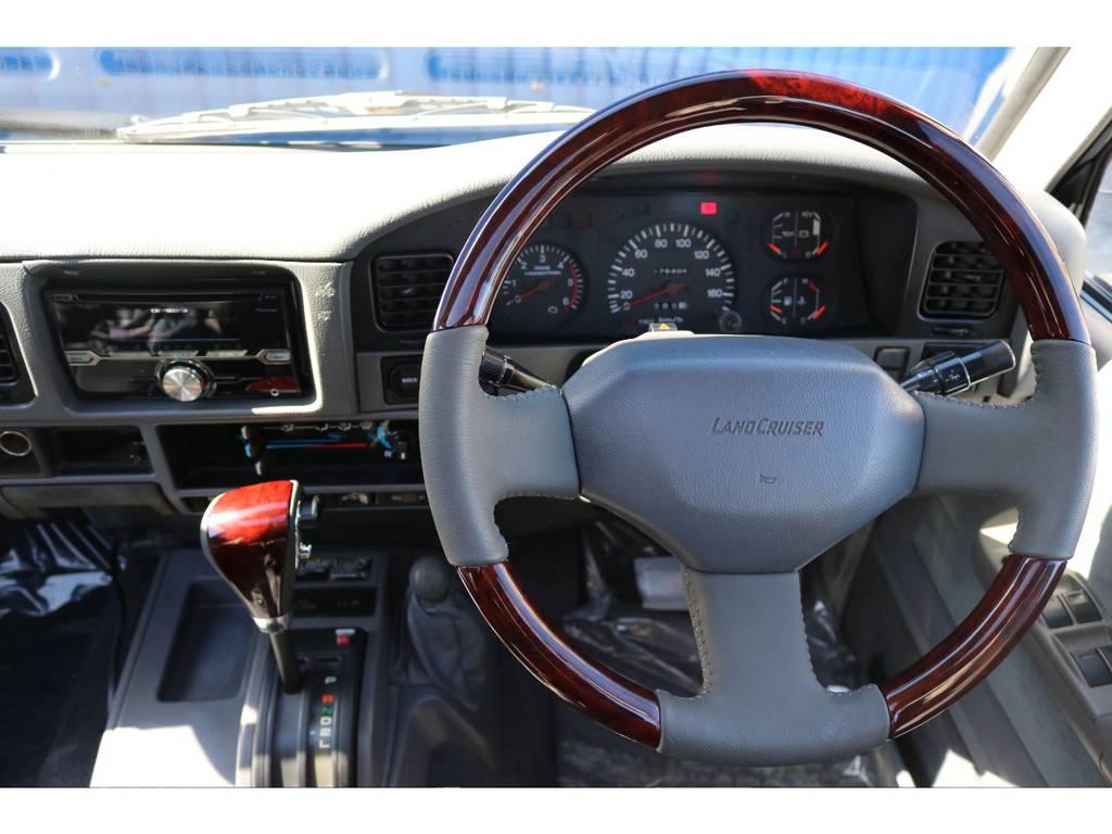 シフトノブ、ステアリングは【新品】にて交換済です。   トヨタ ランドクルーザープラド 3.0 EXワイド ディーゼルターボ 4WD ブラックオールP