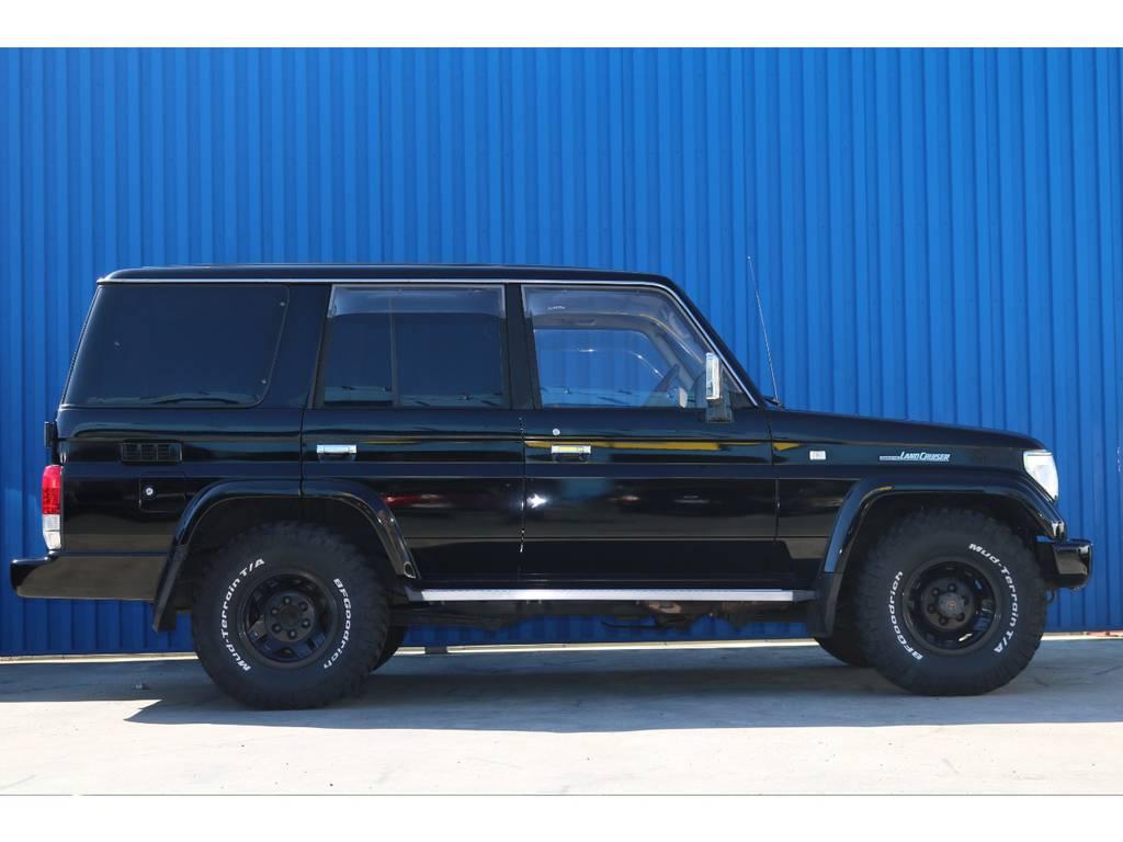 78プラドは当店でも人気No.1車種となります。   トヨタ ランドクルーザープラド 3.0 EXワイド ディーゼルターボ 4WD ブラックオールP