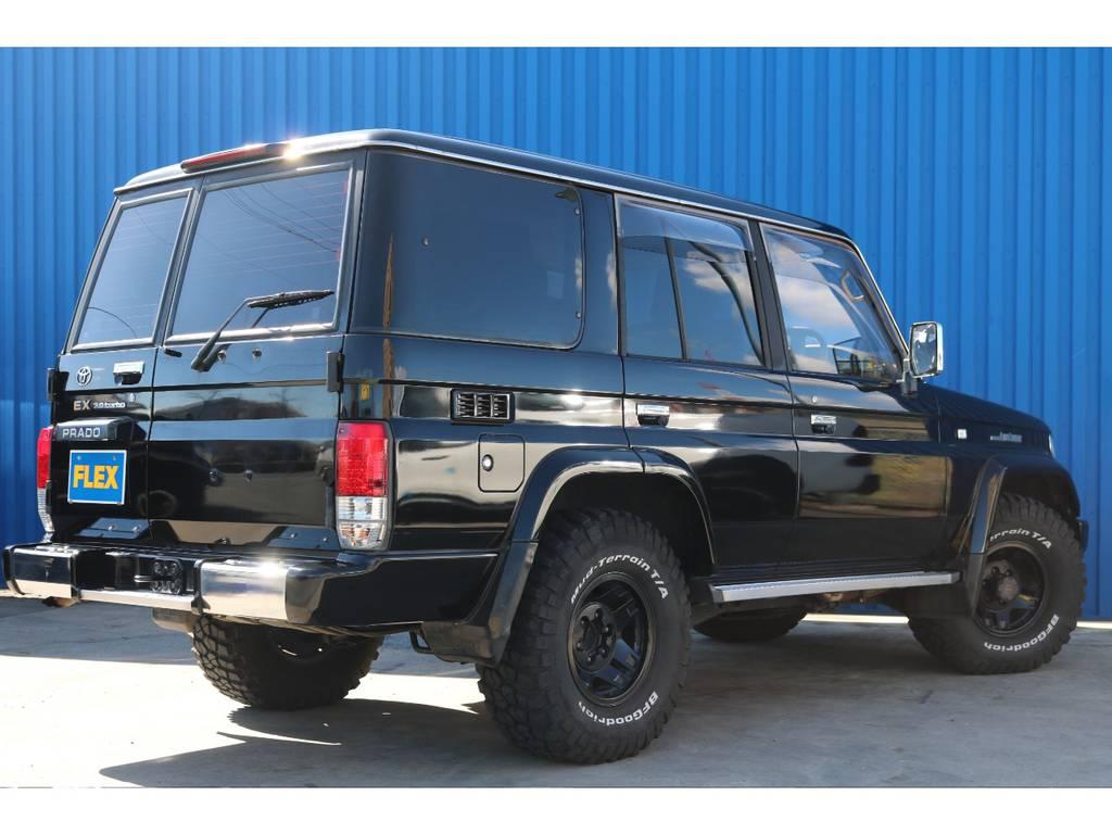 遠方販売の実績も御座います。お気軽にお問い合わせ下さい。   トヨタ ランドクルーザープラド 3.0 EXワイド ディーゼルターボ 4WD ブラックオールP