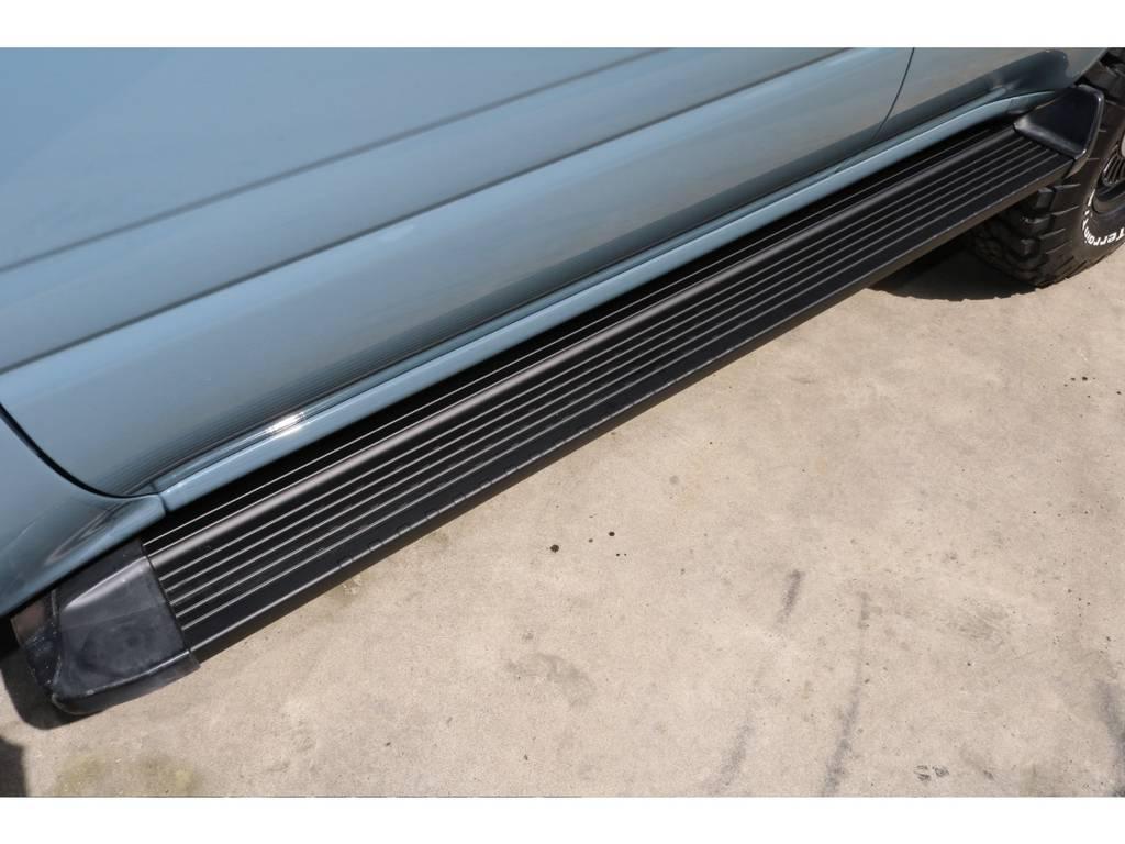 | トヨタ ランドクルーザー80 4.2 VX ディーゼルターボ 4WD NEWペイントアンヴィル 丸目換装