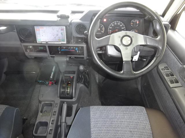 | トヨタ ランドクルーザー70 4.2 ZX ディーゼル 4WD 2インチリフトアップ