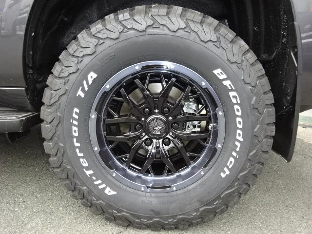 新品ガジェット17インチAW&BFグッドリッチタイヤ。
