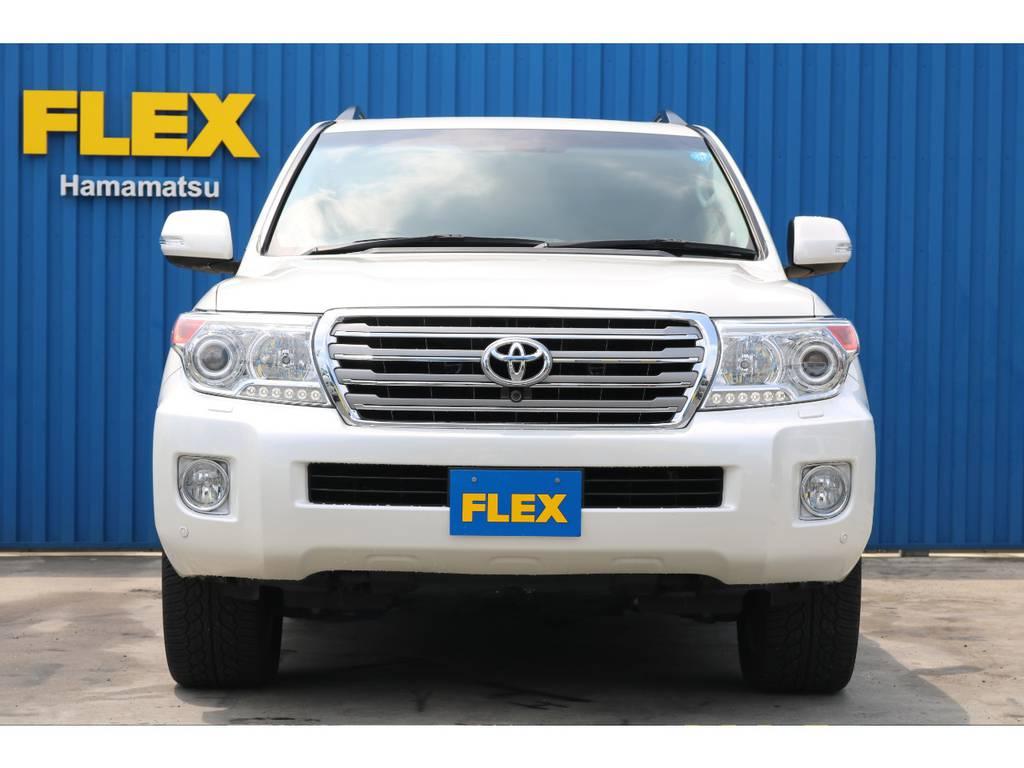 快適装備のFベンチレーター&シートヒーター、ステアリングヒーター付き。