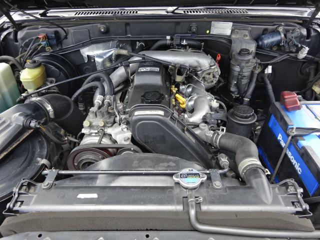 3000ccディーゼルターボエンジンは、軽快な走りが可能です。 | トヨタ ランドクルーザープラド 3.0 SXワイド ディーゼルターボ 4WD ブラックオールP 新品2インチリフトUP