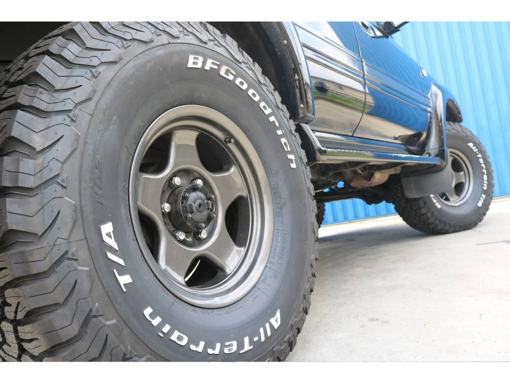 ブラV&新品BFグッドリッチタイヤ。