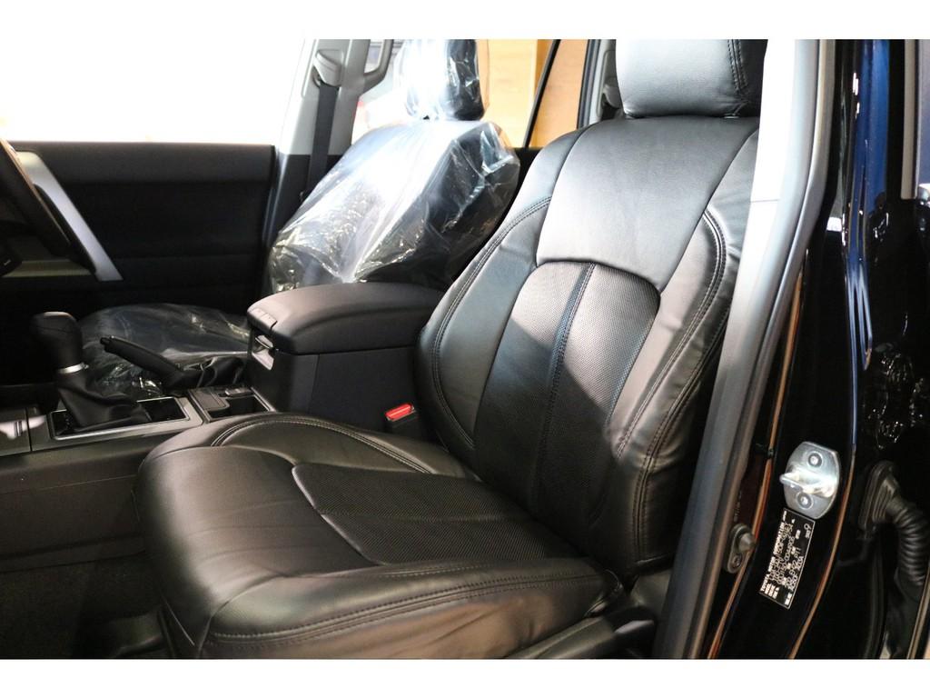 新品ブラックシートカバー付きです。
