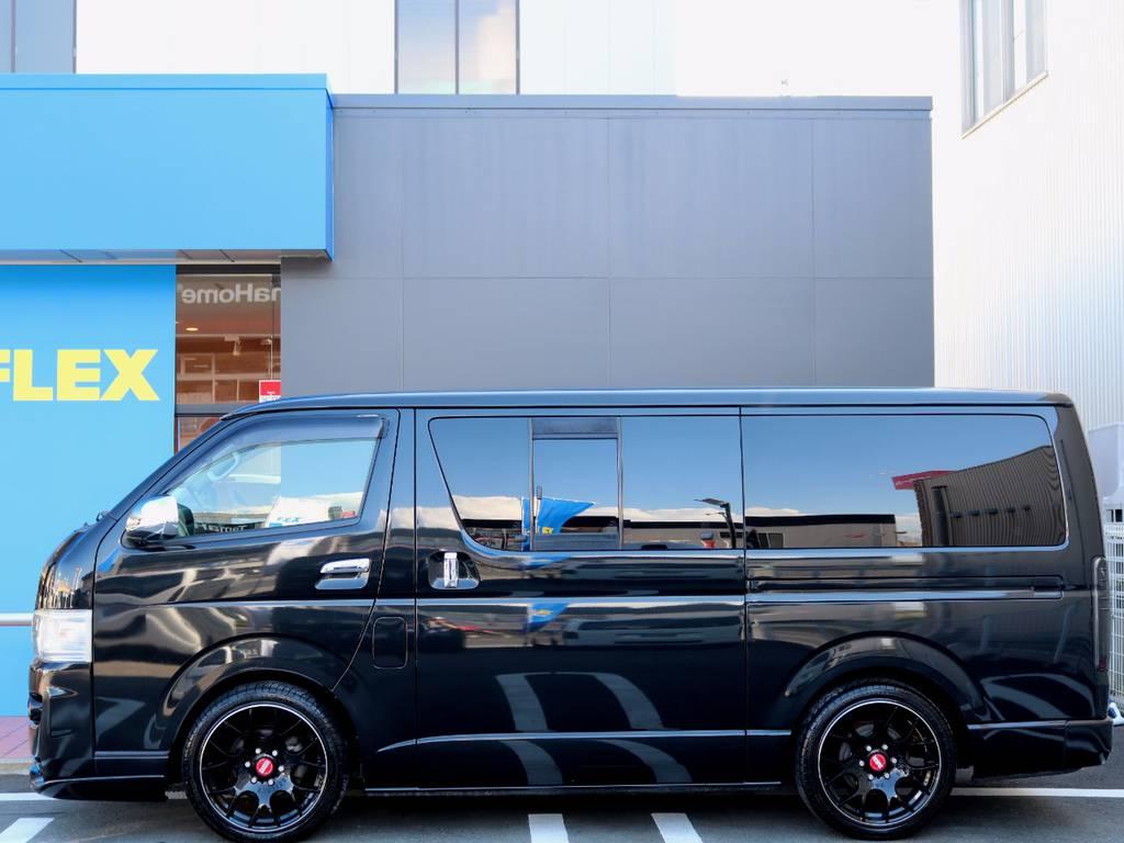 便利な両側スライドドア!! | トヨタ レジアスエース 3.0 スーパーGL ロングボディ ディーゼルターボ 4WD