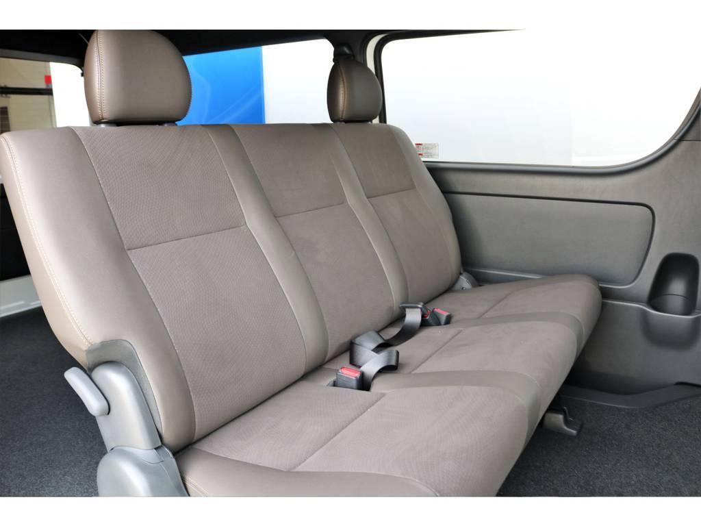 専用シートは高級感があり座り心地も良いですよ!!   トヨタ ハイエースバン 2.7 スーパーGL 50THアニバーサリー リミテッド ワイド ミドルルーフ ロングボディ4WD