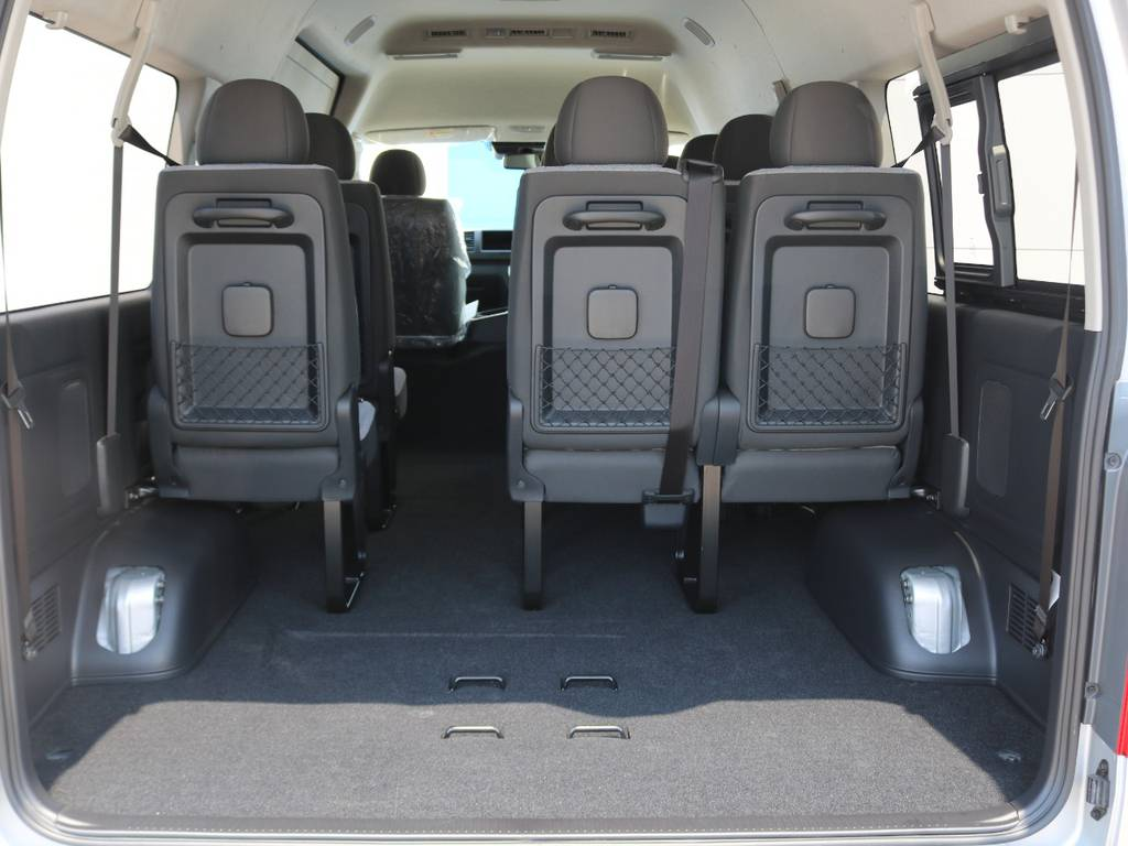 メーカーには設定のないディーゼルターボ乗用ハイエース!   トヨタ ハイエースコミューター 2.8 GL ディーゼルターボ 3NO 10人乗りワゴン