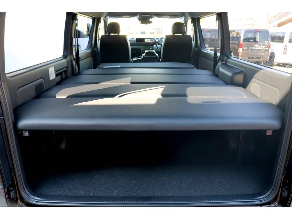 FLEXオリジナルベッドキットは5段階の高さ調整が可能です!ご自身の使い方に合わせ居住空間と荷室空間のバランスがとれますので、使い勝手の良さが抜群です♪ | トヨタ ハイエースバン 2.8 スーパーGL 50TH アニバーサリーLTD ワイド ミドルルーフ ロングボディ Dターボ