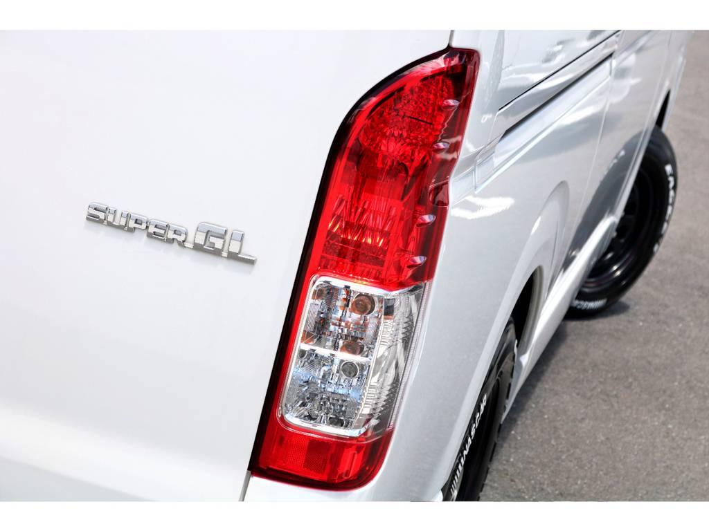 テールランプの交換も申し付け下さい♪ | トヨタ ハイエースバン 3.0 スーパーGL ロング ディーゼルターボ ベッドキットPKG