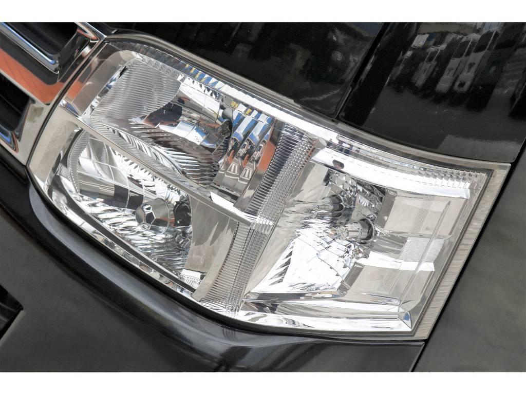 3型の2段ヘッドライトは人気の一品です♪インナーブラック施工も人気のカスタムで、よりシャープな印象を加える事ができます♪