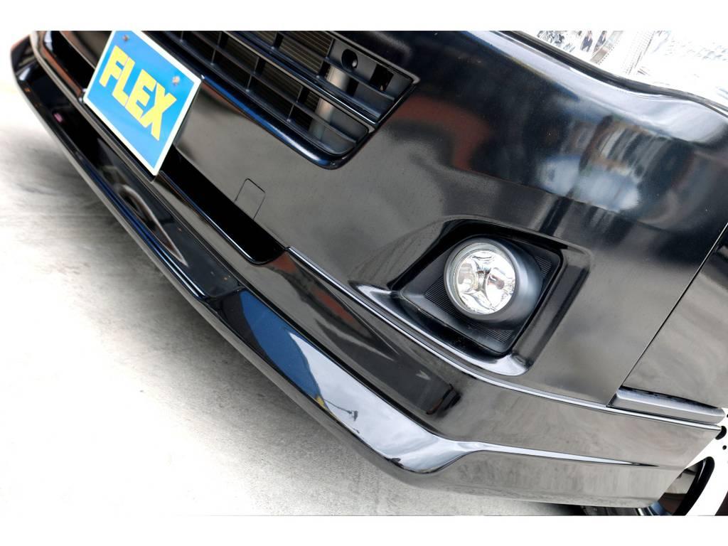 FLEXオリジナル Delfino Lineフロントスポイラーを装着!外巻きのデザインがスポーティーな印象を付加しております♪