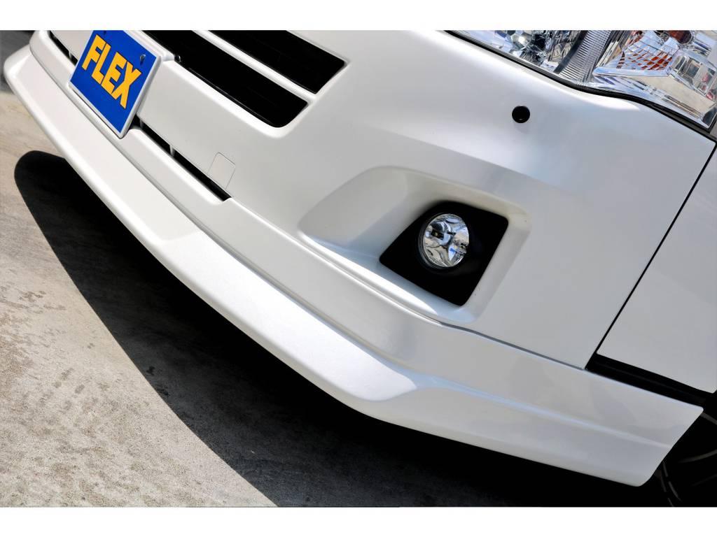 車高を下げ過ぎることなく実用的な範囲で検討中の場合、フロントリップスポイラーでキマリです♪ | トヨタ ハイエースバン 3.0 スーパーGL ワイド ロング ミドルルーフ ディーゼルターボ