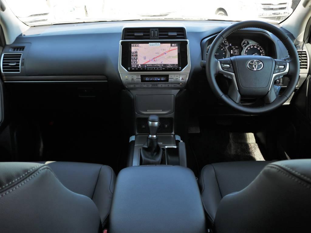 デザインも新たに、質感の向上したインテリア♪Lパッケージは電動・本革シートにシートヒーター&ベンチレーション付きです★ステアリングも本革巻き! | トヨタ ランドクルーザープラド 2.7 TX Lパッケージ 4WD 5人乗り 本革内装サンルーフ付き