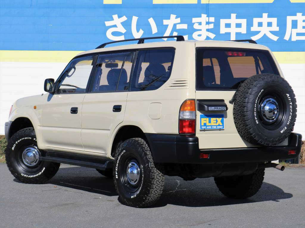 家族や友人とこのお車でお洒落に楽しく出かけてみませんか? | トヨタ ランドクルーザープラド 2.7 TX リミテッド 4WD