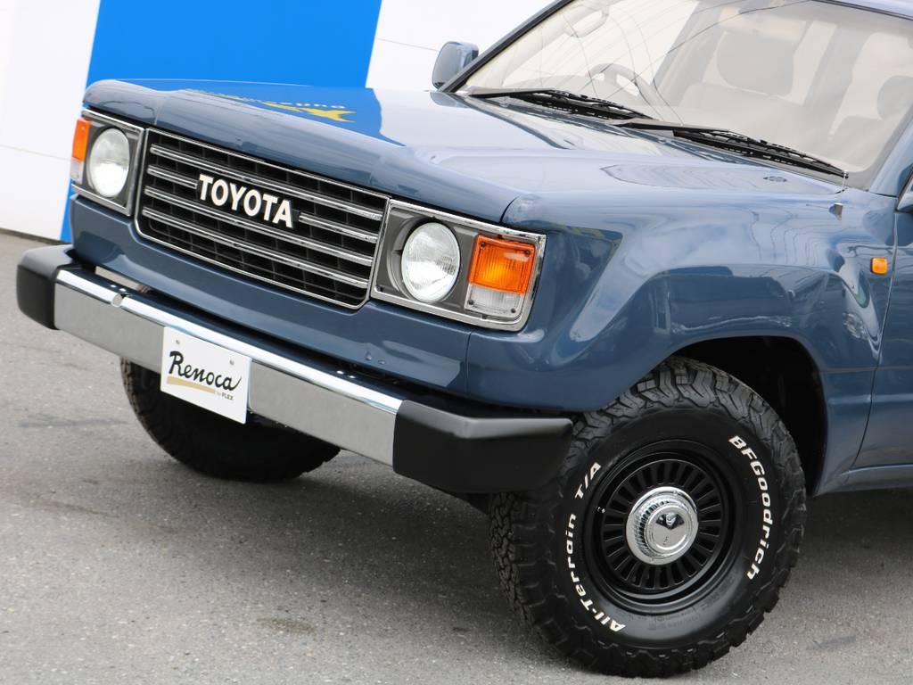 今のお車はキリっとした目のお車が多いですが、丸目に換装しているので優しい雰囲気で可愛らしくなっています♪ | トヨタ ランドクルーザー100 4.7 VXリミテッド Gセレクション 4WD 走行39千km RENOCA106