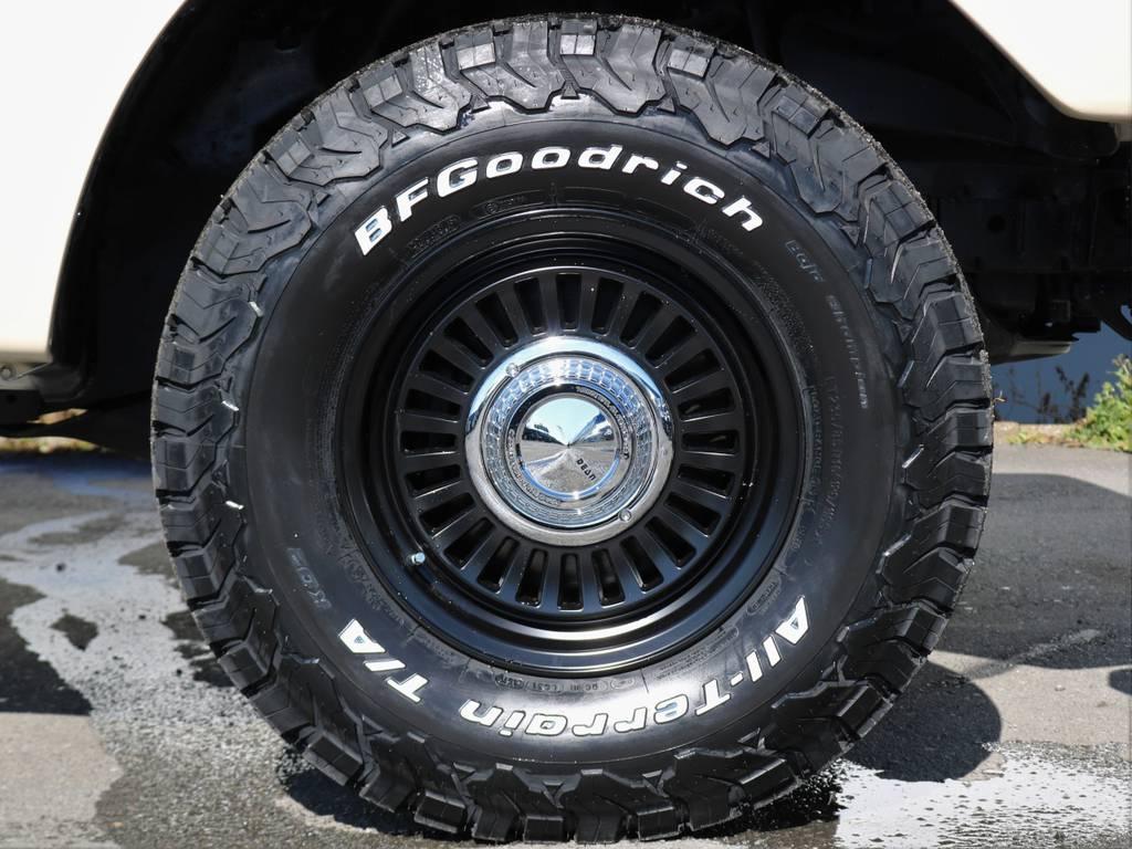 タイヤも、見た目がカッコいいですよね!! | トヨタ ランドクルーザー100 4.7 VXリミテッド 4WD Renoca【106】丸目換装