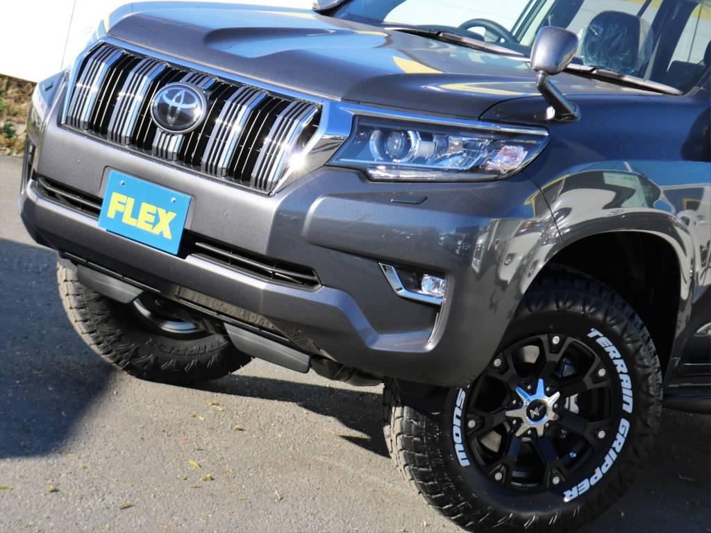 トヨタセーフティサポート標準装備です。さらにフルLEDヘッドランプも標準装備! | トヨタ ランドクルーザープラド 2.8 TX ディーゼルターボ 4WD 7人