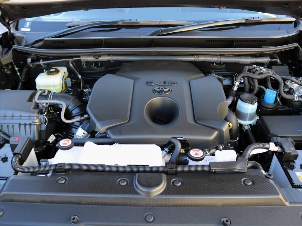 2800ccクリーンディーゼル・ターボエンジン。6速オートマとの組み合わせで、ディーゼル車とは思えぬほど静かでスムーズに加速します! | トヨタ ランドクルーザープラド 2.8 TX ディーゼルターボ 4WD 7人