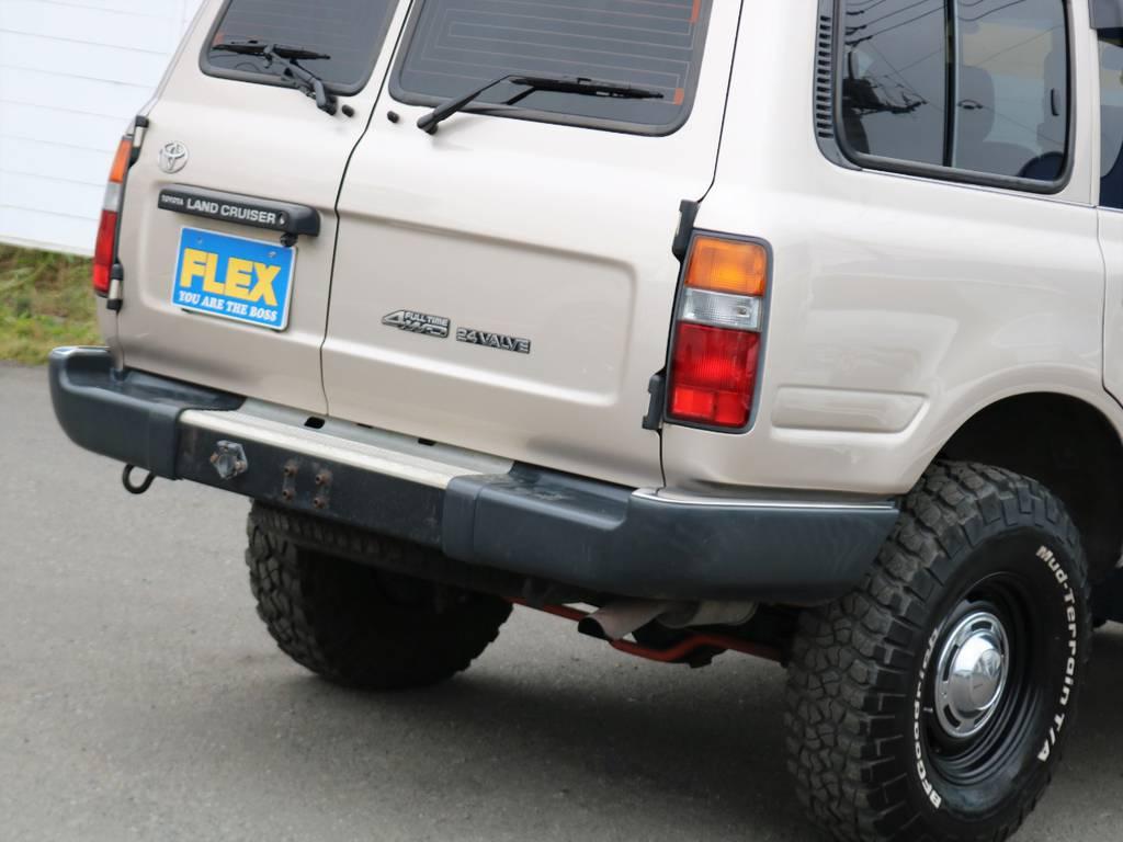 80系では珍しい観音リアドアに、これまた滅多に見ない純正ベージュメタリックのボディが渋いです!   トヨタ ランドクルーザー80 4.5 GX 4WD 買取直販 観音リアドア