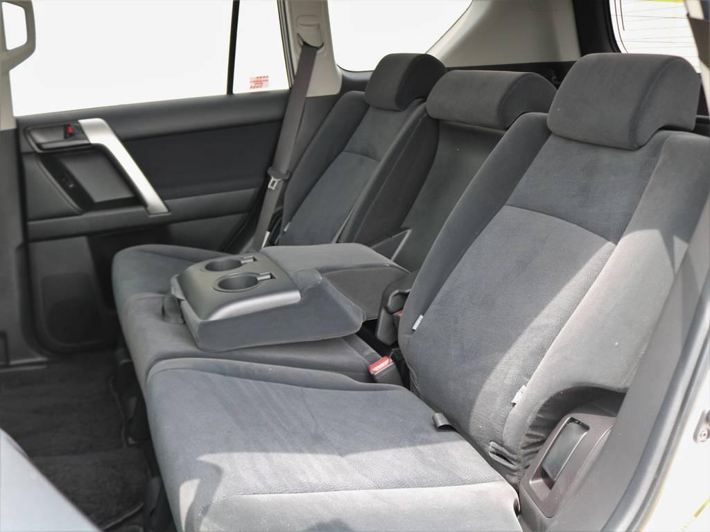 後席もサイド&カーテンシールドエアバッグを完備。頑丈なフレームボディと相まって、衝突時の車内安全性は高いです!