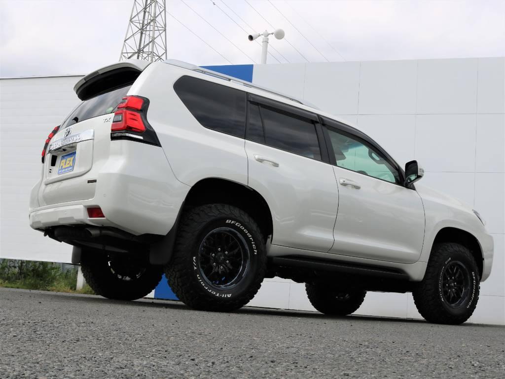 カーオプションのクリアランスソナー&バックソナー付きです。バックカメラも装着しておりますので駐車も安心です! | トヨタ ランドクルーザープラド 2.8 TX ディーゼルターボ 4WD 7人