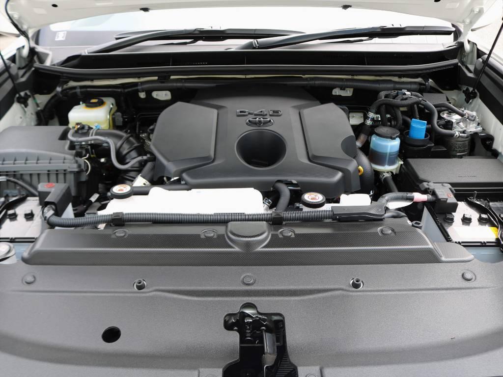 2800ccクリーンディーゼル・ターボエンジン。6速オートマとの組み合わせで、ディーゼル車とは思えぬほど静かでスムーズに加速します!近隣の住民にも迷惑をかけません! | トヨタ ランドクルーザープラド 2.8 TX ディーゼルターボ 4WD 7人