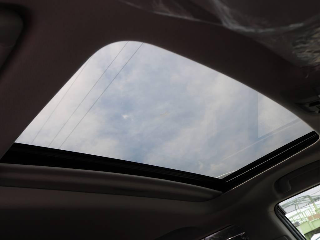 これからの季節、全開にあけてガンガン夏の風を車内に取り込めます!ゲリラ豪雨にだけは気をつけてください!!