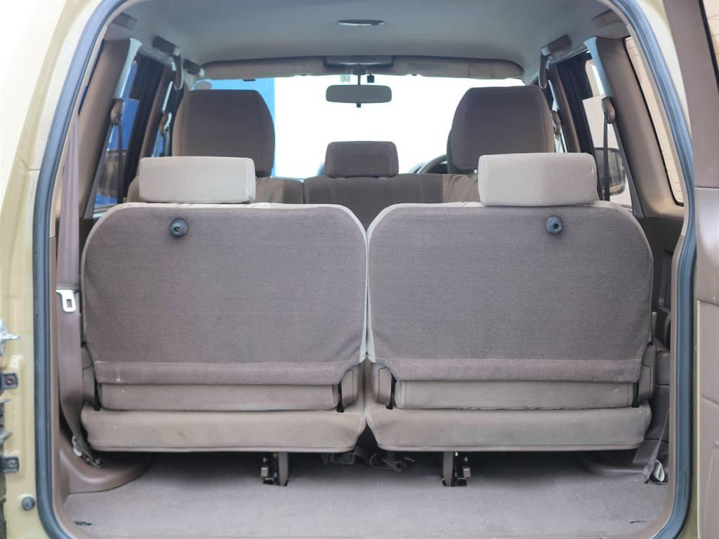 ご家族で旅行に行く際に、サードシートが役に立ちます!!