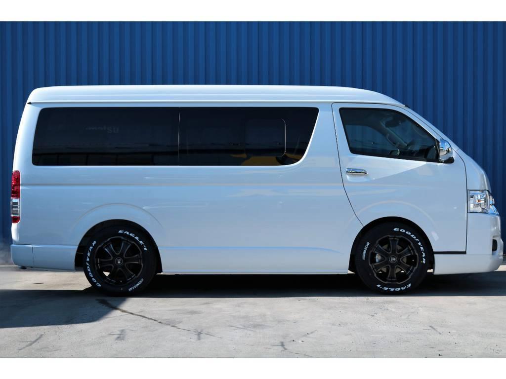 2インチローダウン、クリーンルックⅢスポイラー、フレックスオリジナルホイール、グッドイヤーナスカータイヤ、自動パワースライドドア搭載☆ | トヨタ ハイエース 2.7 GL ロング ミドルルーフ 内装アレンジR1架装