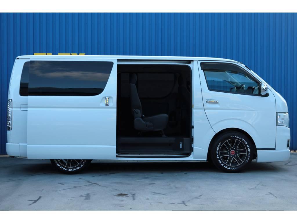 両側スライドドアで乗り込み、積み下ろしに便利☆ | トヨタ レジアスエース 2.0 スーパーGL ロングボディ 乗り心地向上リーフ交換車両