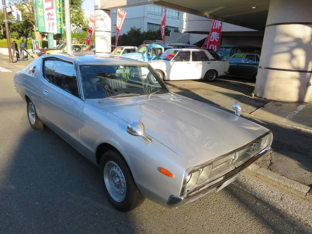 日産 スカイラインHT GTX-ES