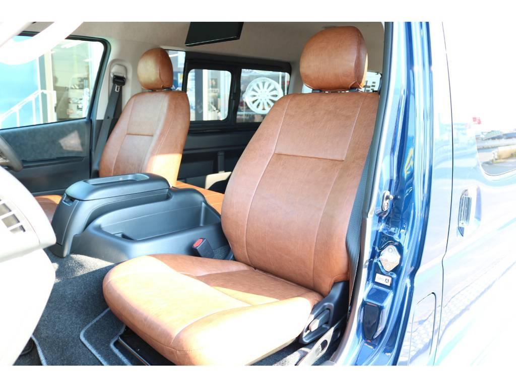純正レザーのような完成度・座り心地♪ | トヨタ ハイエース 2.7 GL ロング ミドルルーフ Renoca Coast line試乗車