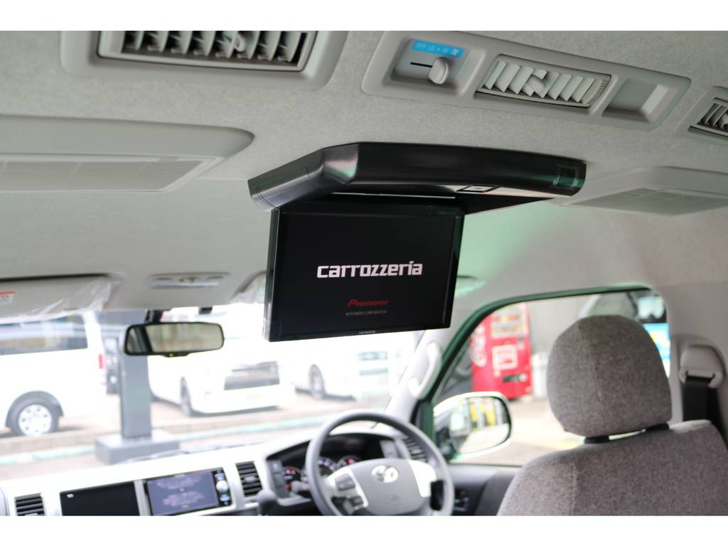 | トヨタ ハイエース 2.7 GL ロング ミドルルーフ 4WD ROOMCAR02