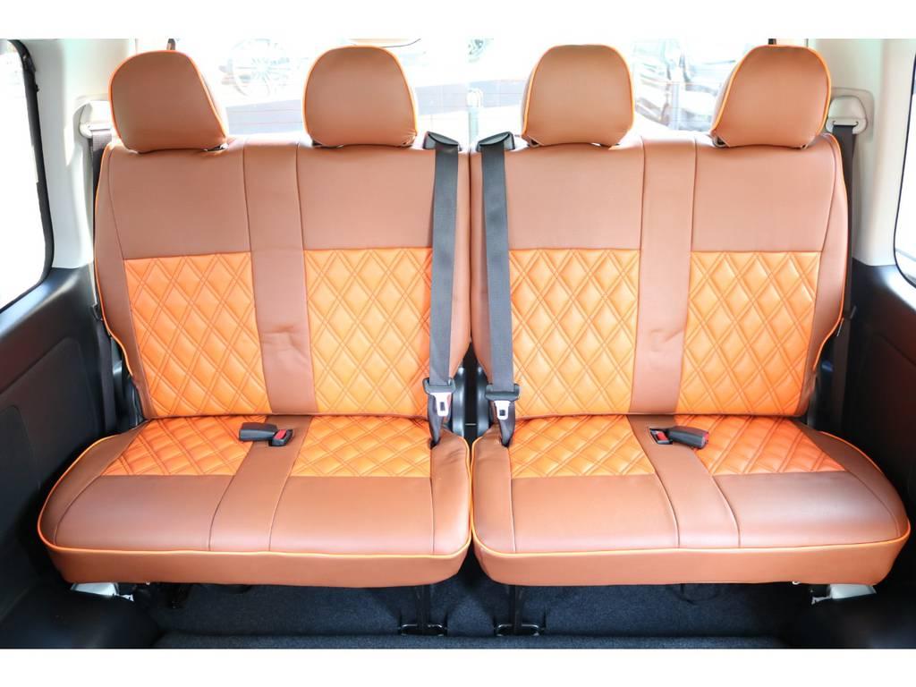 4列目シートもシートカバー装備♪ | トヨタ ハイエース 2.7 GL ロング ミドルルーフ パーソナルワゴン