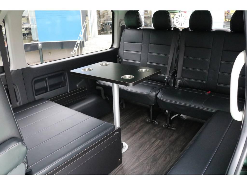 テーブルは脱着可能♪ | トヨタ ハイエース 2.7 GL ロング ミドルルーフ 4WD TSS寒冷地付アレンジR1