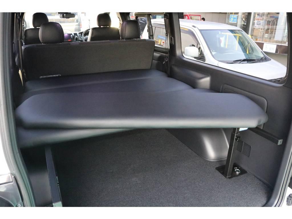 ベッドマットは取り外し可能♪ | トヨタ ハイエースバン 2.8 スーパーGL ダークプライムⅡ ロングボディ ディーゼルターボ 4WD PS無