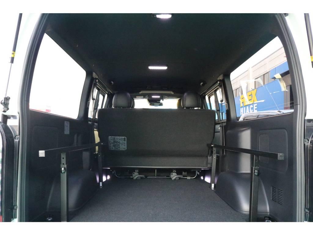 ベッドマットを取り外せば、大容量のカーゴスペースに♪ | トヨタ ハイエースバン 2.8 スーパーGL ダークプライムⅡ ロングボディ ディーゼルターボ 4WD PS無