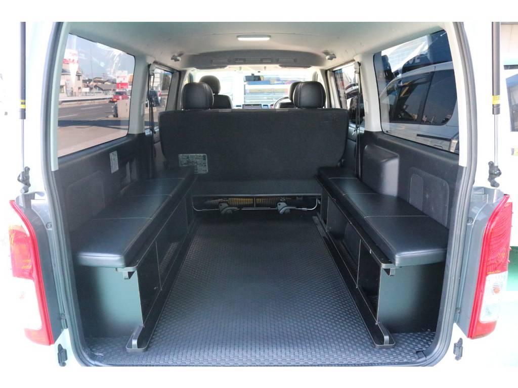 ベッドマットを取り外して頂ければ、荷室も確保できます♪ | トヨタ ハイエースバン 3.0 スーパーGL  ダークプライム ロングボディ ディーゼルターボ