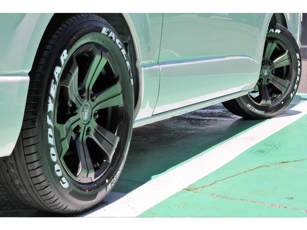 タイヤはグッドイヤーのナスカータイヤをチョイス!   トヨタ ハイエースバン 2.0 スーパーGL 50TH アニバーサリー リミテッド ロングボディ 50TH