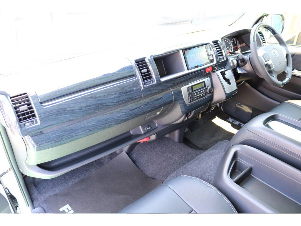 追加カスタムもご相談ください! | トヨタ ハイエース 2.7 GL ロング ミドルルーフ 4WD TSS付